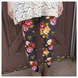 New Charcoal Floral Print Legging